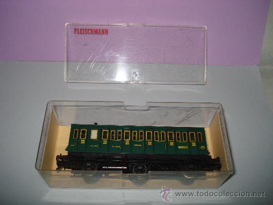 Trenes Escala: Coche Viajeros 3 ejes 3ª Clase de Compartimentos de FLEISCHMANN en *H0* - Foto 3 - 27224798