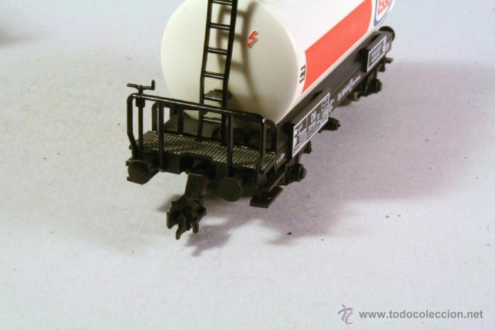 Trenes Escala: FLEISCHMANN #5400. Escala H0. Vagón cisterna Esso . En su caja - Foto 2 - 43252098