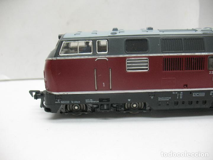 Trenes Escala: Fleischmann Ref: 4235 - Locomotora Diesel de la DB 221 131-6 corriente continua - Escala H0 - Foto 2 - 61728840
