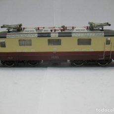 Trenes Escala: FLEISCHMANN - LOCOMOTORA ELÉCTRICA DE LA SBB FFS 11156 CORRIENTE ALTERNA - ESCALA H0. Lote 71245799