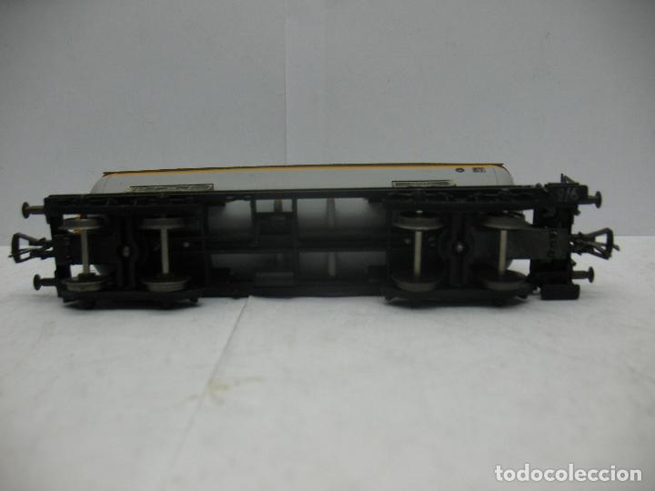 Trenes Escala: Fleischmann - Vagón cisterna SHELL de la DB 581854 - Escala H0 - Foto 7 - 75677783