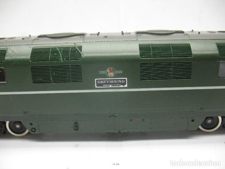 Trenes Escala: Fleischmann - Locomotora Diesel D 821 Grey Hound corriente continua - Escala H0 - Foto 4 - 100739723