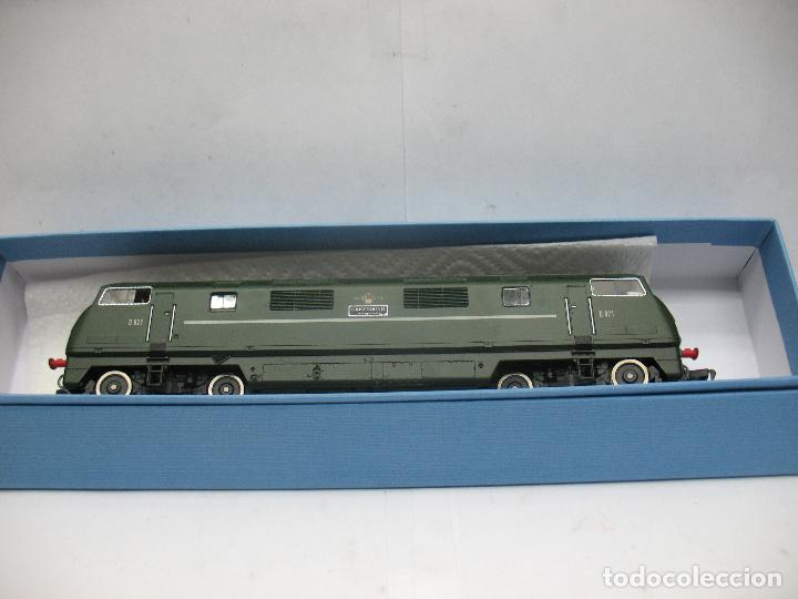 Trenes Escala: Fleischmann - Locomotora Diesel D 821 Grey Hound corriente continua - Escala H0 - Foto 9 - 100739723