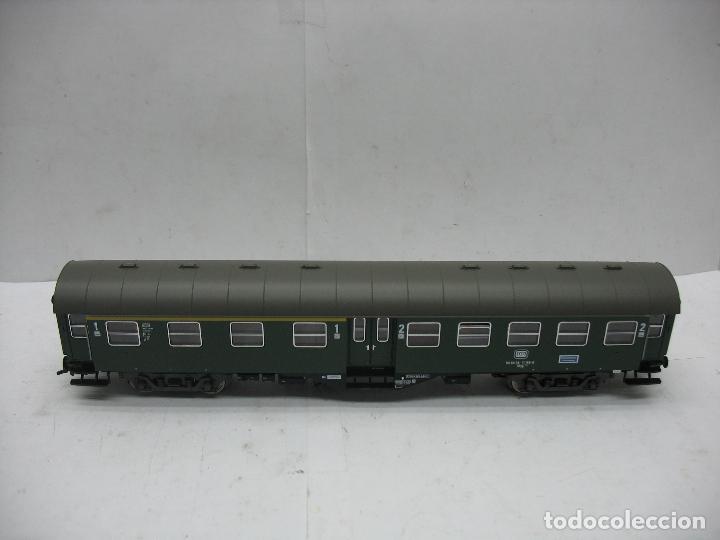 Trenes Escala: Fleischmann Ref: 5128 - Coche de pasajeros de la DB 50 80 38 - 11 189-6 - Escala H0 - Foto 2 - 106907371