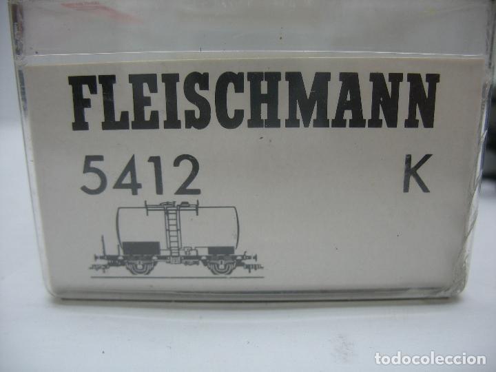Trenes Escala: Fleischmann Ref: 5412 K - Vagón cisterna BP de la DB 7355033-3 - Escala H0 - Foto 7 - 131178496