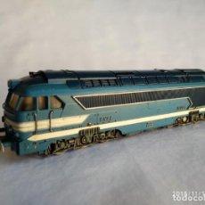 Trenes Escala: FLEISCHMANN 1386 DE LA SNCF 68001 LOCOMOTORA DIESEL HO CORRIENTE CONTINÚA. Lote 140173186