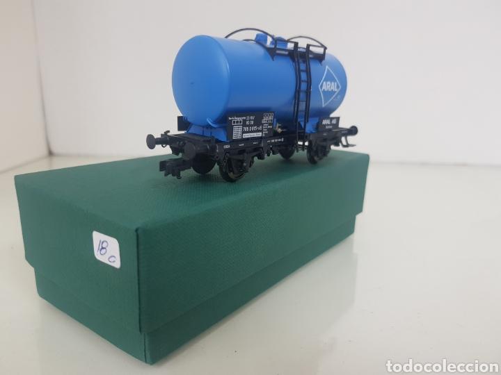 Trenes Escala: Vagon Fleischmann Aral cisterna azul escala H0 corriente continua 11 cm - Foto 2 - 149035133