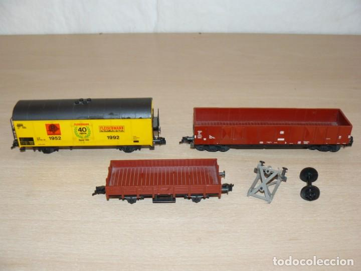 Trenes Escala: alfreedom FLEISCHMANN Lote 3 Vagones Mercancías uno de ellos Aniversario 40 años 1952-1992 Escala H0 - Foto 2 - 149397166