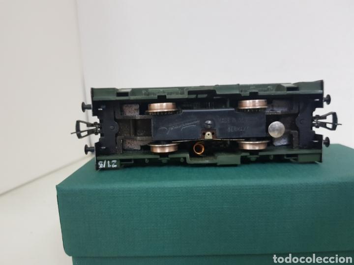 Trenes Escala: Locomotora Fleischmann corta tractora escala H0 corriente continua de 12 cm en verde - Foto 4 - 174547448