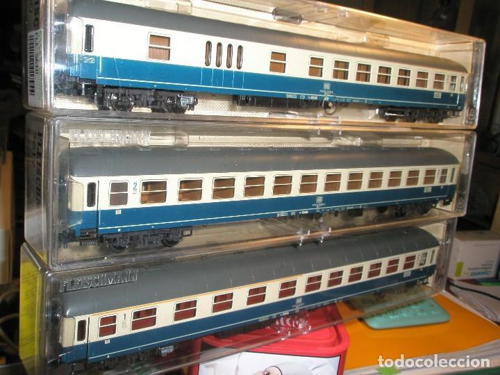 Trenes Escala: LOTE 3 VAGONES FLEISCHMANN DE PASAJEROS AZUL Y CREMA NUEVOS A ESTRENAR REF: 5610...5612...5619 - Foto 3 - 154385226