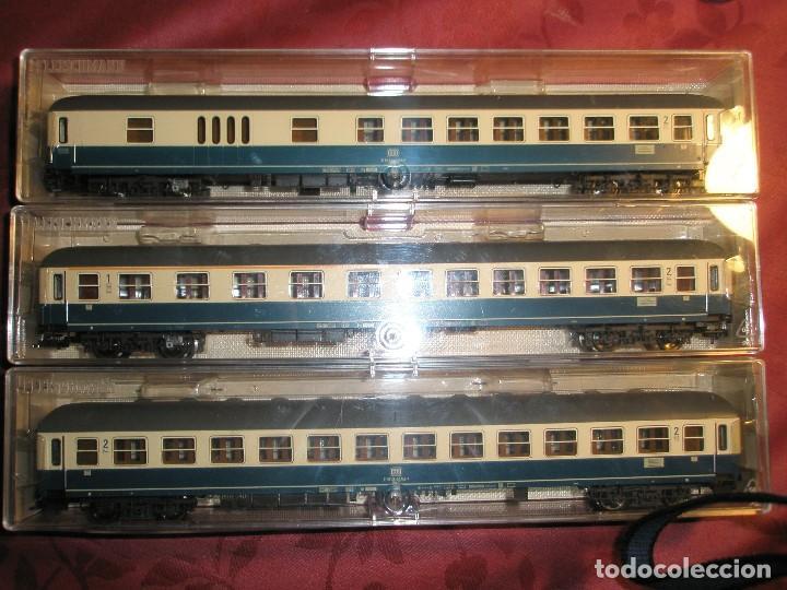 Trenes Escala: LOTE 3 VAGONES FLEISCHMANN DE PASAJEROS AZUL Y CREMA NUEVOS A ESTRENAR REF: 5610...5612...5619 - Foto 4 - 154385226