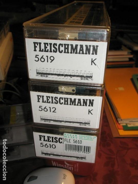 LOTE 3 VAGONES FLEISCHMANN DE PASAJEROS AZUL Y CREMA NUEVOS A ESTRENAR REF: 5610...5612...5619 (Juguetes - Trenes Escala H0 - Fleischmann H0)
