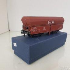 Trenes Escala: FLEISCHMANN VAGÓN DOBLE TOLVA ESCALA H0 CORRIENTE CONTINUA DE LA DB ALEMÁN 14 CM. Lote 159503262