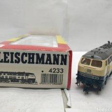 Trenes Escala: FLEISCHMANN REF: 4233 - LOCOMOTORA DIESEL DE CORRIENTE CONTINUA DE LA DB 218 413-3 - ESCALA H0. Lote 164092572