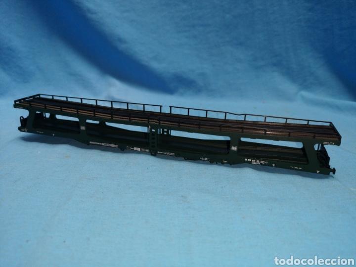 Trenes Escala: Vagon porta coches de Fleischmann 5284, escala h0, le falta el mecanismo abajo - Foto 2 - 166818969