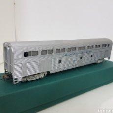 Trenes Escala: VAGÓN PLATEADO SANTA FE 724 DOBLE ALTURA ESCALA H0 CORRIENTE CONTINUA FLEISCHMANN 24 CM. Lote 167355648