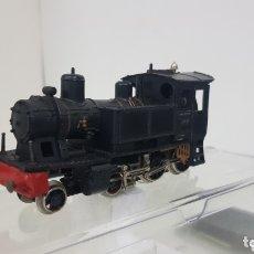 Trenes Escala: LOCOMOTORA DE VAPOR CORTA FLEISCHMANN ESCALA H0 CC 3 RAÍLES NERF 11 CENTÍMETROS. Lote 172155570