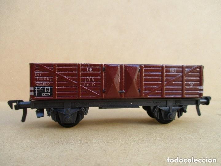 Trenes Escala: FLEISCHMAN TRES VAGONES ANTIGUOS HOJALATA Y PLASTICO - Foto 3 - 179212420