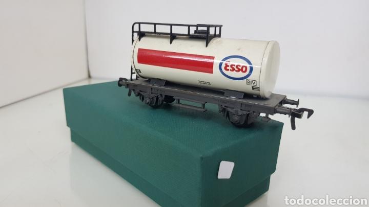 Trenes Escala: Fleischmann escala H0 corriente continua vagón cisterna Esso de 10 cm - Foto 2 - 184360522
