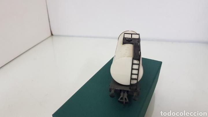 Trenes Escala: Fleischmann escala H0 corriente continua vagón cisterna Esso de 10 cm - Foto 3 - 184360522