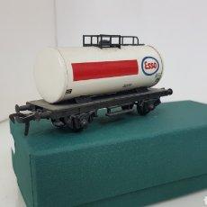 Trenes Escala: FLEISCHMANN ESCALA H0 CORRIENTE CONTINUA VAGÓN CISTERNA ESSO DE 10 CM. Lote 184360522