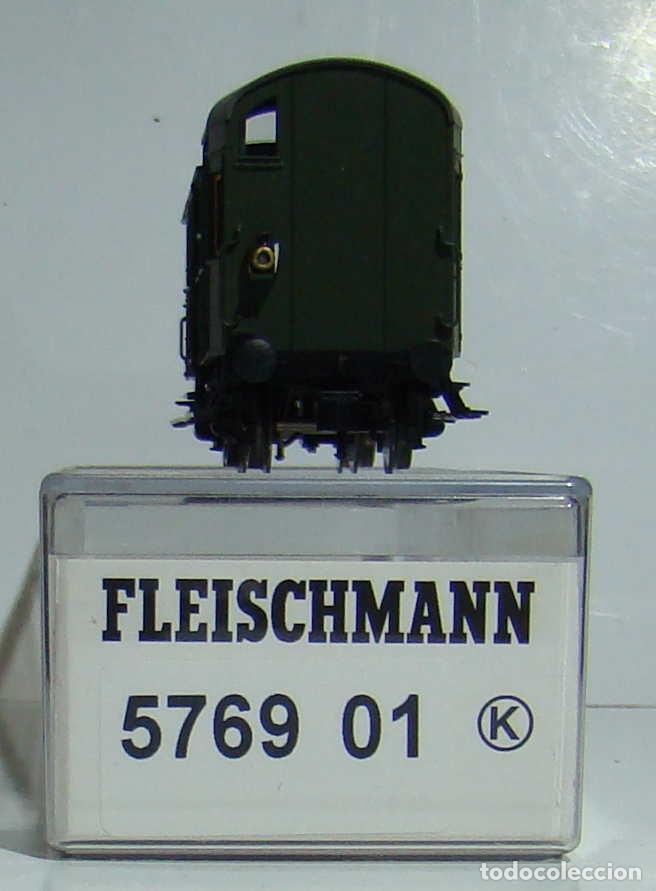 Trenes Escala: FLEISCHMANN VAGON EQUIPAJES DE LA DR CON LUZ DE COLA EPOCA III REF 576901 - Foto 2 - 269574068