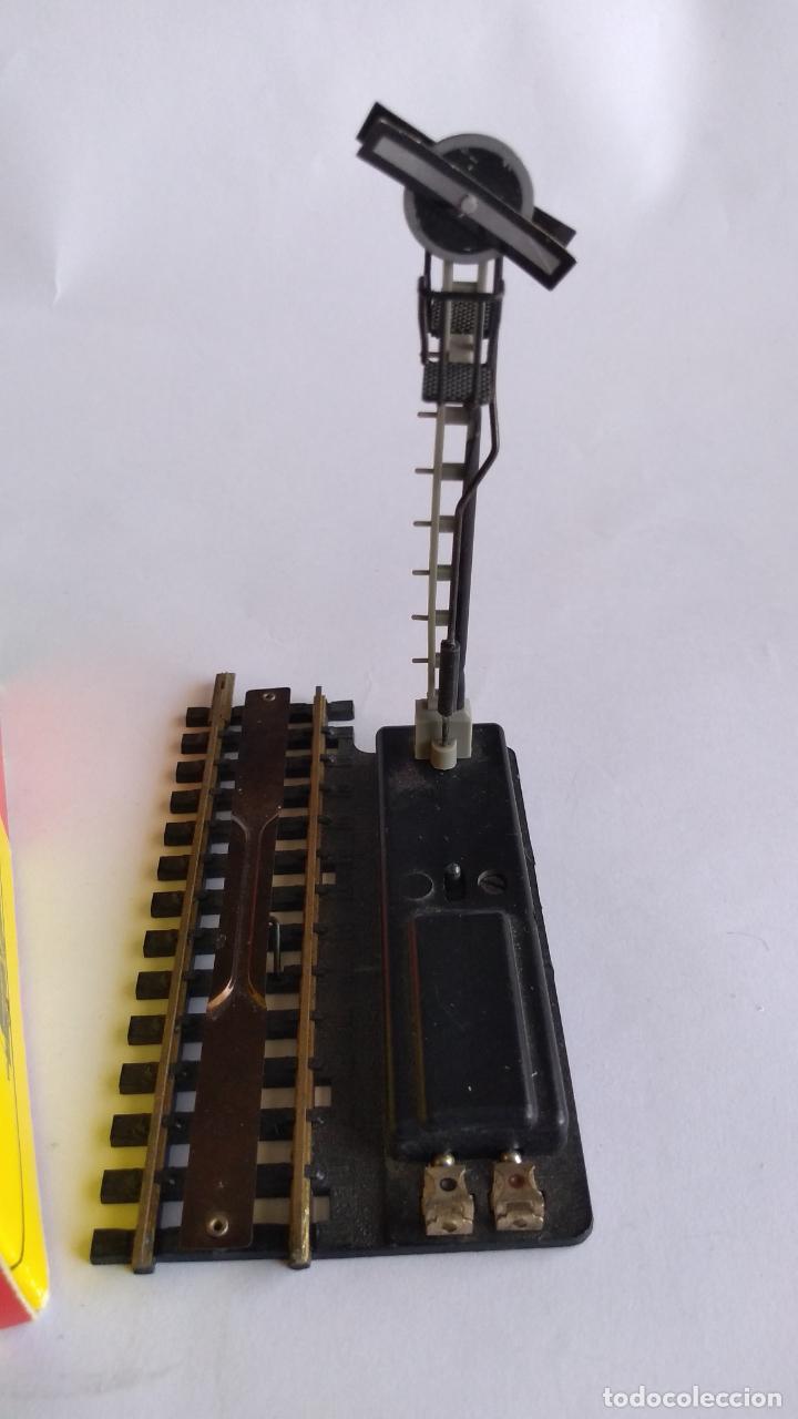 Trenes Escala: FLEISCHMANN H0 VÍA DESENGANCHADORA CON SEÑAL. REF 1700/2MS. FUNCIONA. EN CAJA - Foto 3 - 206488127