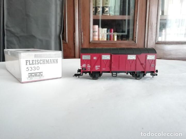 FLEISCHMANN 5330 VAGÓN CUBIERTO DRG ÉPOCA II NUEVO (Juguetes - Trenes Escala H0 - Fleischmann H0)