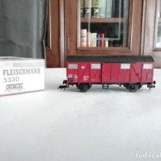 Trenes Escala: FLEISCHMANN 5330 VAGÓN CUBIERTO DRG ÉPOCA II NUEVO. Lote 208373136