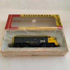 Trenes Escala: FLEISCHMANN. HO. REF 4701 PINTADA EN 318 RENFE. Lote 209827975
