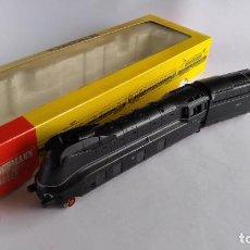 Trenes Escala: FLEISCHMANN H0, LOCOMOTORA VAPOR CARENADA ALEMANA, MUY BUEN ESTADO, FUNCIONANDO, EN CAJA. Lote 223760678