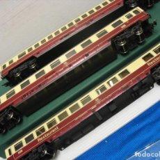 Trenes Escala: TRES VAGONES FLEISCHMANN HO CONTINUA. Lote 230619120