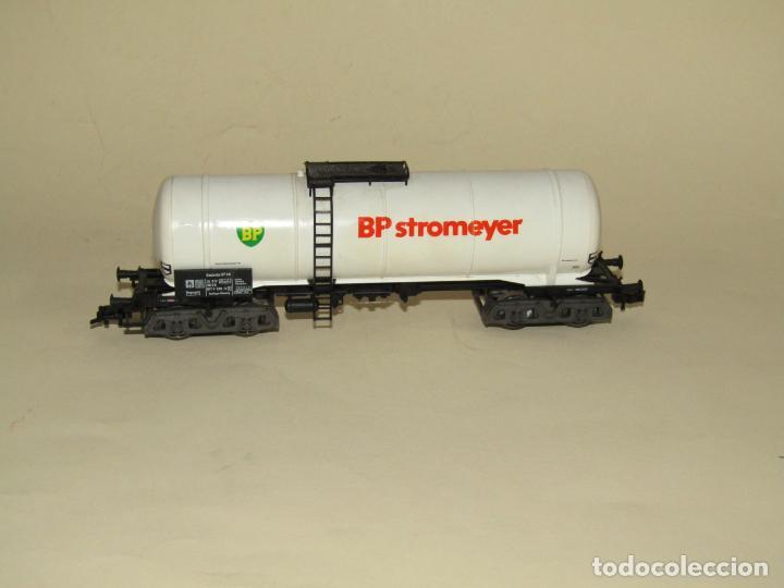 Trenes Escala: Antigua Vagón Cisterna 4 Ejes BP Stromeyer en Escala *H0* de FLEISCHMANN - Foto 2 - 234552945