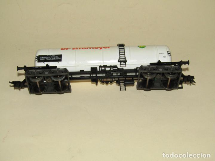 Trenes Escala: Antigua Vagón Cisterna 4 Ejes BP Stromeyer en Escala *H0* de FLEISCHMANN - Foto 3 - 234552945