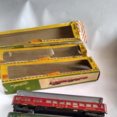 Trenes Escala: FLEISCHMANN H0, LOTE VAGONES FURGÓN + COCHES PASAJEROS, CON CAJA. VÁLIDO IBERTREN,ROCO, ETC. Lote 262069795