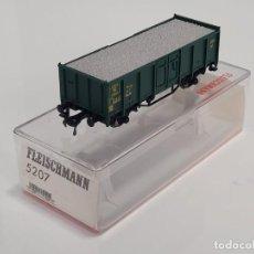 Trenes Escala: FLEISCHMANN H0 5207- VAGÓN MERCANCÍAS BORDES ALTOS VERDE. Lote 270146478