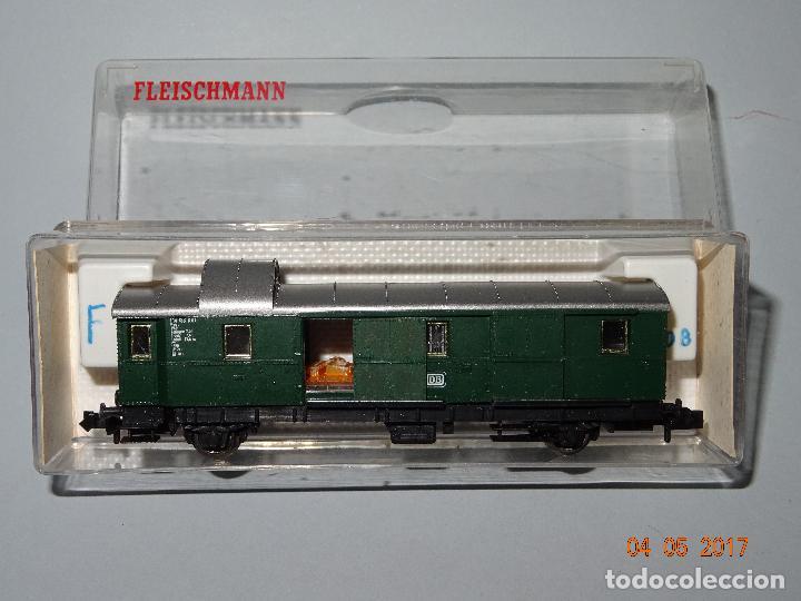 DESCATALOGADO FURGÓN DE LA DB REF. 8060 EN ESCALA *N* DE FLEISCHMANN (Juguetes - Trenes a Escala N - Fleischmann N)