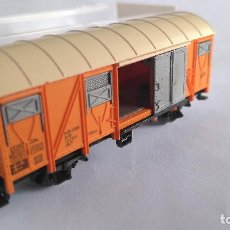 Trenes Escala: FLEISCHMANN N VAGÓN DE CARGA CERRADO BANANAS, EN CAJA. MUY BUEN ESTADO.VÁLIDO IBERTREN. Lote 128134227