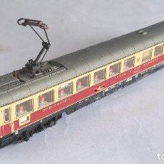 Trenes Escala: FLEISCHMANN N VAGÓN COCHE RESTAURANTE CON LUZ Y PANTÓGRAFO. VÁLIDO IBERTREN 2N. Lote 128143715