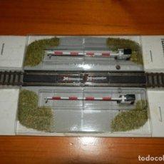 Trenes Escala: FLEISCHMANN 9198 PASO A NIVEL CON BARRERAS. Lote 171223302