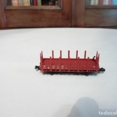 Trenes Escala: FLEISCHMANN N 8202 VAGÓN CON ESTACAS DB ALEMÁN BUEN ESTADO. Lote 176734419