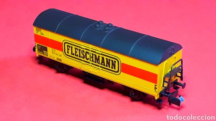 Trenes Escala: Vagón cerrado frigorífico 2 ejes, Fleischmann made in Germany, esc. N, original años 90. - Foto 2 - 188769496