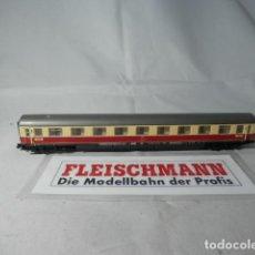Trenes Escala: VAGÓN PASAJEROS DE LA DB ESCALA N DE FLEISCHMANN CON LUZ . Lote 190882102