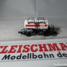 Trenes Escala: VAGÓN CISTERNA ESSO ESCALA N DE FLEISCHMANN . Lote 191721560