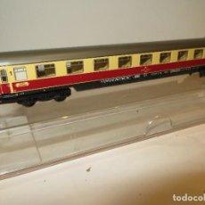 Trenes Escala: FLEISCHMANN VAGON PASAJEROS REF. 8162 IMPECABLE CON LUZ EN SU CAJA,REGALADO,FUNCIONA. Lote 203506311