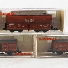 Trenes Escala: FLEISCHMANN PICCOLO CONJUNTO TRES UNIDADES 8520+8354+8354 VAGONES DE CARGA. Lote 254180455