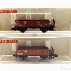 Trenes Escala: FLEISCHMANN N 8203+8203 VAGONES DE CARGA ABIERTOS BORDE MEDIO. Lote 254180945