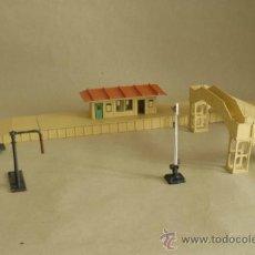 Trenes Escala: ESTACIÓN Y ACCESORIOS HORNBY, MECCANO Y TRIANG. ESCALA HO.. Lote 35694869