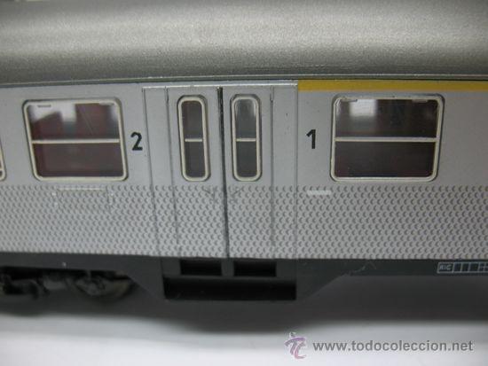 Trenes Escala: Hornby Meccano - Coche de pasajeros de la DB 508031-45300-6 - Escala H0 - Foto 2 - 39107461