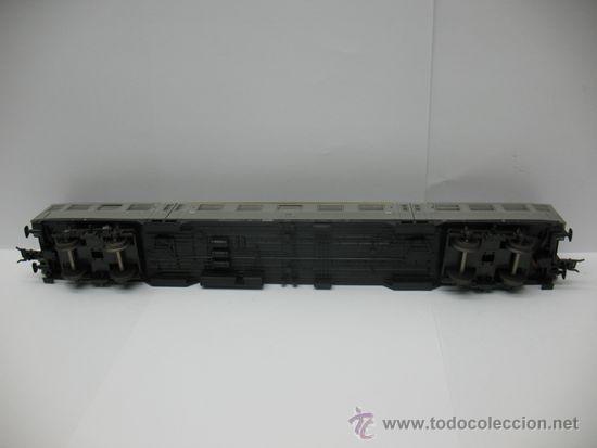 Trenes Escala: Hornby Meccano - Coche de pasajeros de la DB 508031-45300-6 - Escala H0 - Foto 6 - 39107461